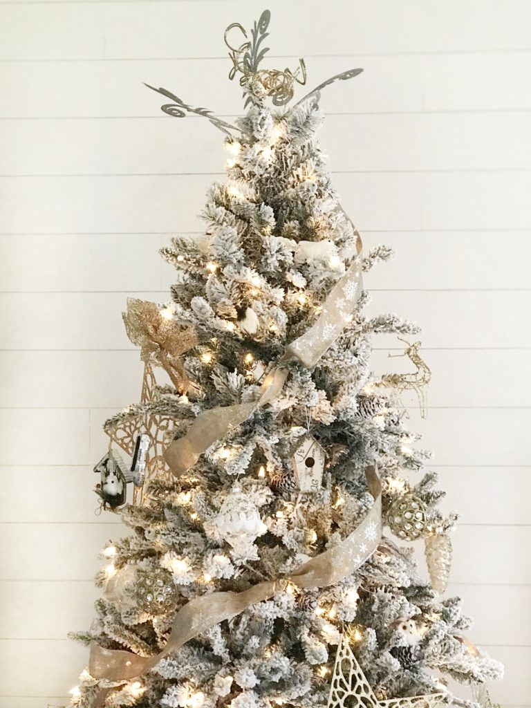 12 Secrets To Decorate A Stunning Christmas Tree Rooted Childhood