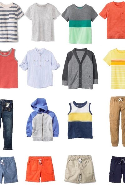 Simplify your life and laundry routine with a capsule wardrobe. This set of mix and match pieces makes it easy for little boys to get dressed and keeps mom happy too. #capsulewardrobe #minimalism