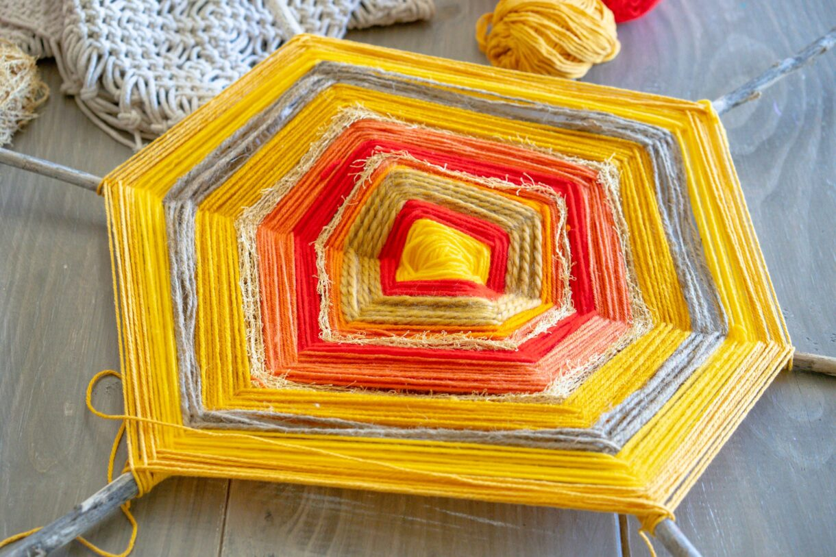 God's eye yarn craft